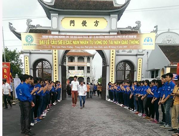 Lực lượng thanh niên tình nguyện trong buổi lễ