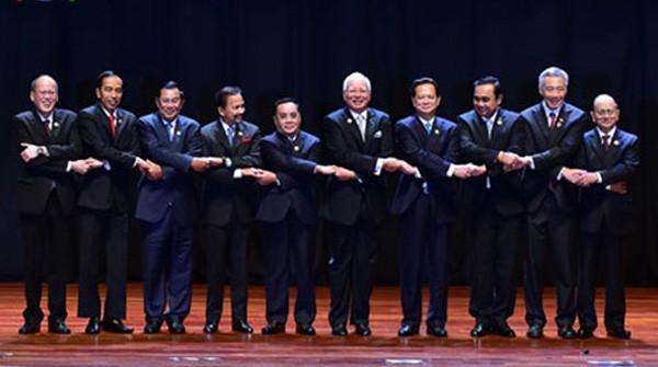 Audio 21-11: Malaysia xác định IS cử 10 tên khủng bố đến thủ đô Kuala Lumpur ảnh 1