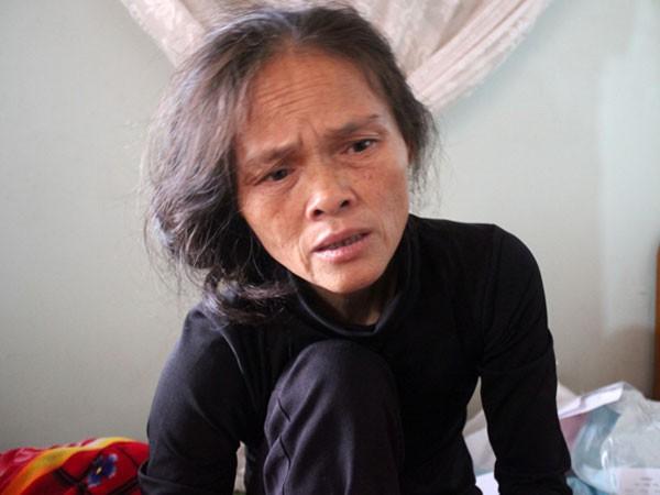 Bà Lạng suy sụp trước cái chết của con trai