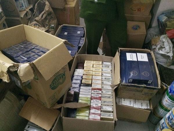 Chủ cửa hàng không xuất trình được giấy tờ hợp pháp về toàn bộ số hàng thuốc lá và sữa