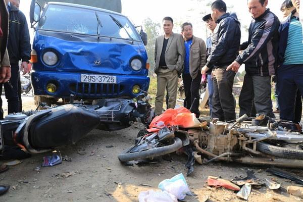 Hiện trường vụ tai nạn thảm khốc khiến 7 người thương vong