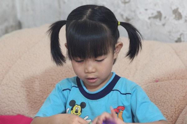 Cháu Trang là con gái út của chị Thơm