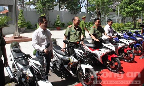 UBND TP.HCM vừa trang bị thêm 100 xe đặc chủng cho công an săn bắt cướp.