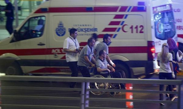 36 người thiệt mạng tại sân bay Thổ Nhĩ Kỳ sau vụ đanh bom.