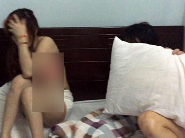 Các đối tượng thực hiện hành vi mua bán dâm tại khách sạn, nhà nghỉ.