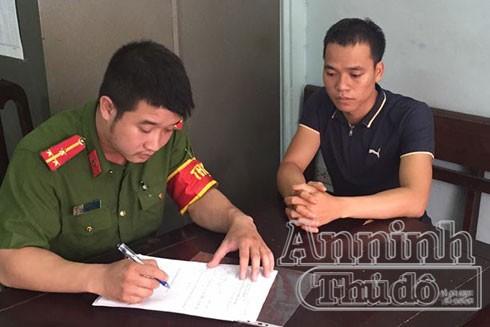 Đối tượng Nguyễn Văn Cường đến đầu thú tại CAP Quang Trung