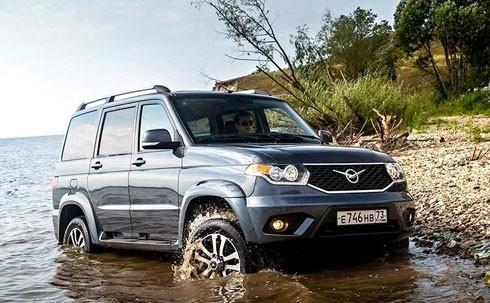 Trước mắt, các liên doanh sẽ được nhập khẩu miễn thuế một số xe nguyên chiếc về bán thăm dò thị trường, được hưởng hạn ngạch miễn thuế cụ thể đối với linh kiện, phụ tùng lắp ráp ôtô trong vòng 5 năm.
