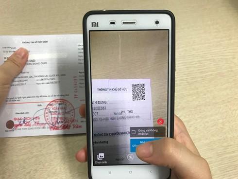 Khách hàng có thể kiểm tra tiền gửi tại TPBank bằng QR code