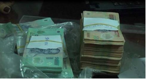 Ngân hàng tại TP.HCM bị tống tiền 1 tỷ đồng.