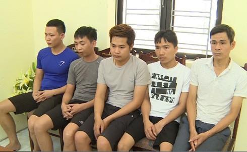 Các đối tượng đánh bạc và tổ chức đánh bạc bị bắt giữ.