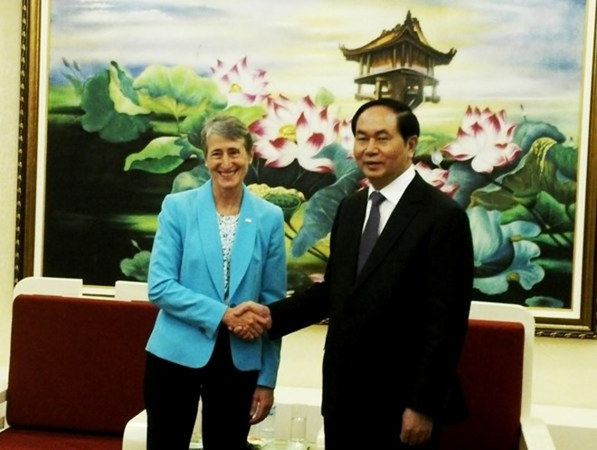 Đại tướng Trần Đại Quang, Bộ trưởng Bộ Công an và bà Sally Jewell, Bộ trưởng Bộ Nội vụ Hoa Kỳ