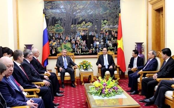 Bộ trưởng Trần Đại Quang và Thượng tướng Fetisov Andrey Alexandrovich Thủ trưởng Khối Khoa học - Kỹ thuật Cơ quan An ninh Liên bang Nga tại buổi tiếp