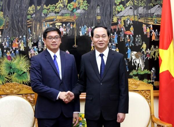 Đại tướng Trần Đại Quang, Bộ trưởng Bộ Công an và ngài Ưng Tếch Hiên, Đại sứ đặc mệnh toàn quyền nước Cộng hòa Singapore tại Việt Nam