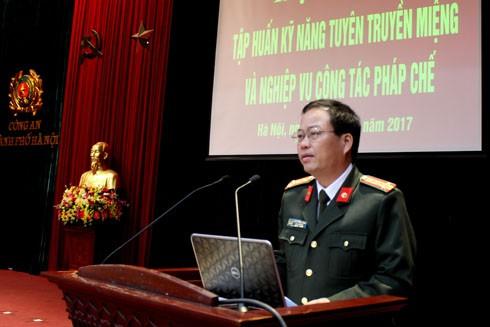 Đại tá Đoàn Ngọc Hùng, Phó Giám đốc CATP Hà Nội phát biểu chỉ đạo hội nghị