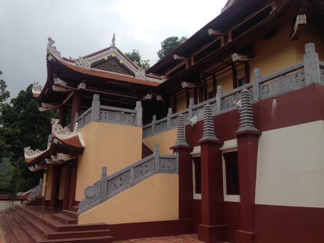 """Bất ngờ với """"kiến trúc lạ"""" ở di tích quốc gia chùa Hương ảnh 2"""