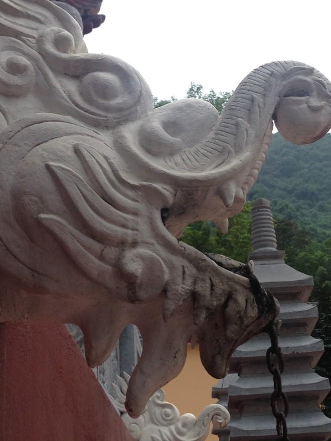 """Bất ngờ với """"kiến trúc lạ"""" ở di tích quốc gia chùa Hương ảnh 5"""