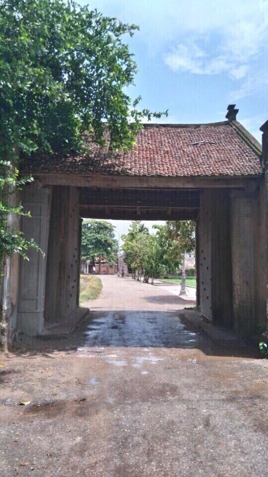 Hình ảnh mới nhất của cổng làng Đường Lâm sau khi được tu sửa