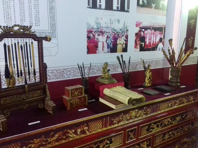 Trưng bày tài liệu hiện vật về Trạng nguyên Nguyễn Đăng Đạo và dòng họ khoa bảng