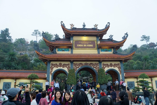 Chùa Ba Vàng (ảnh: Quang Vinh)
