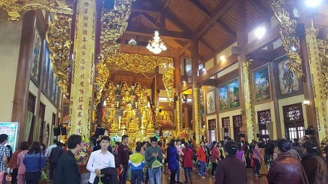 Chùa Ba Vàng (ảnh: Thoa Lê)