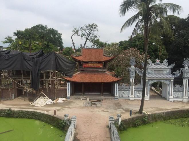 Cổng mới được xây dựng tại chùa Bối Khê được cho là không ăn nhập với cảnh quan di tích