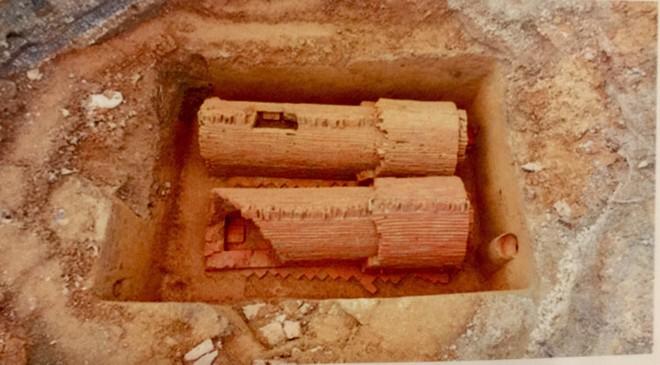 2 ngôi mộ cổ được phát hiện tại Xuân Đỉnh- Bắc Từ Liêm trong quá trình thi công đường Phạm Văn Đồng