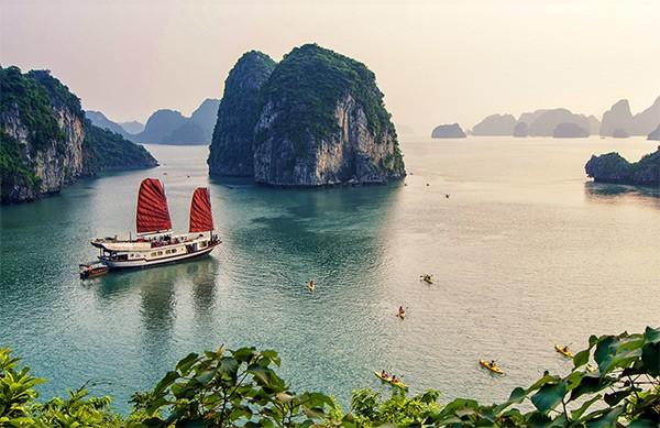 Du lịch Hạ Long: Chẳng cần lộ trình thích thì tăng phí