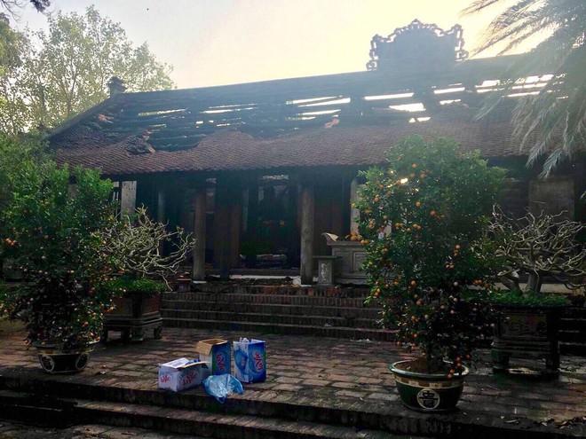 Cháy chùa Cự Đà, tượng phật và đồ thờ hư hại nặng
