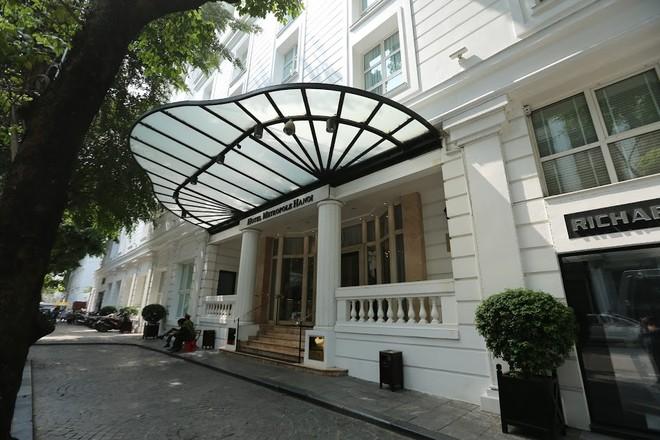 Được xây dựng năm 1901 bởi 2 nhà đầu tư người Pháp, Metropole là khách sạn 5 sao đầu tiên và đồng thời là khách sạn lâu đời nhất ở Hà Nội