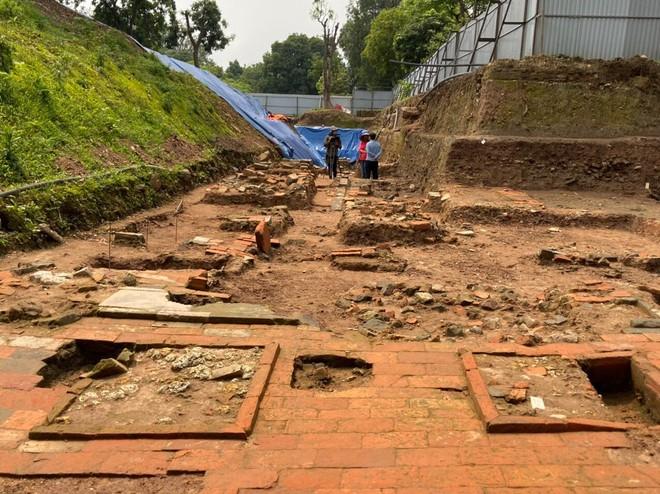 Chỉ với 990m2 khai quật, các nhà khảo cổ học đã giải mã được nhiều câu hỏi liên quan đến quy mô cũng như tính liên tục của Trung tâm Hoàng Thành Thăng Long từ tiền Thăng Long cho tới Nguyễn