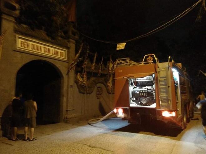 Điều tra nguyên nhân gây cháy đền Quan Tam Lâm Du, Long Biên
