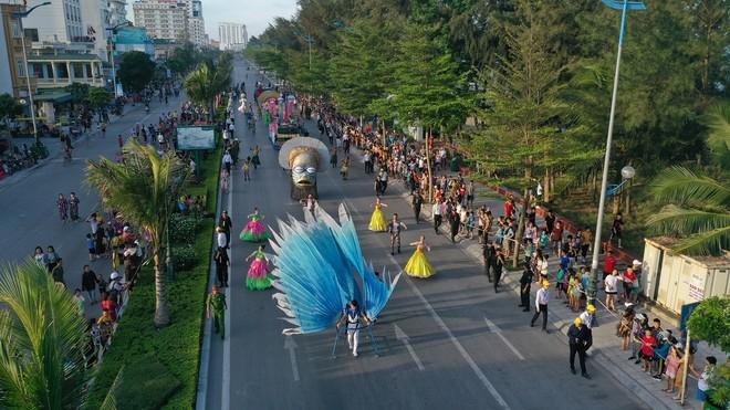Thanh Hoá: Carnival đường phố mở màn Lễ hội Du lịch biển Sầm Sơn 2020