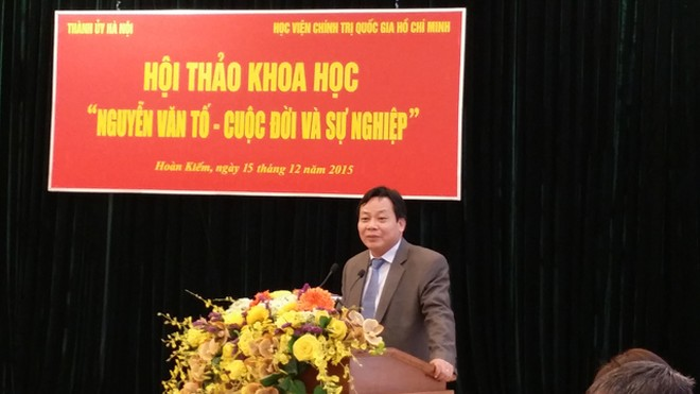 Trưởng Ban Tuyên giáo Thành ủy Hà Nội Nguyễn Văn Phong phát biểu tại hội thảo