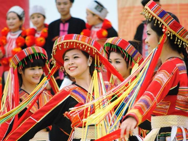 """Ngày hội """"Sắc Xuân trên mọi miền Tổ quốc"""" giới thiệu nhiều nét văn hoá đặc sắc nhân dịp Tết đến Xuân về"""
