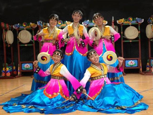 Lễ hội mùa xuân Hàn Quốc 2016 ảnh 3
