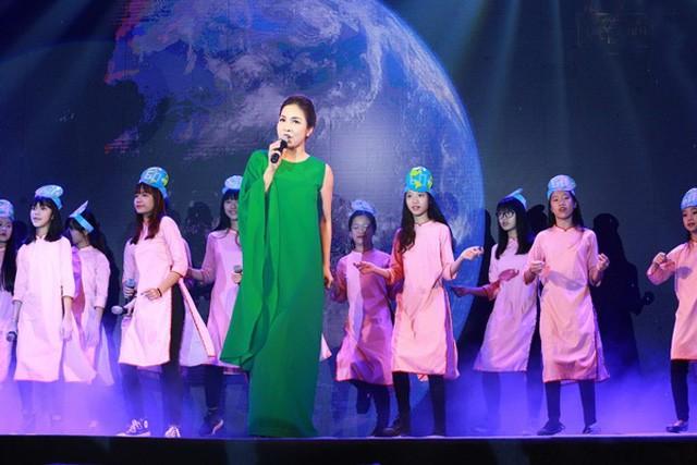 Diva Mỹ Linh