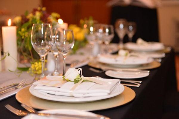 Sự kiện quy tụ gần 100 thương hiệu hàng đầu cung cấp dịch vụ cưới và du lịch trăng mật