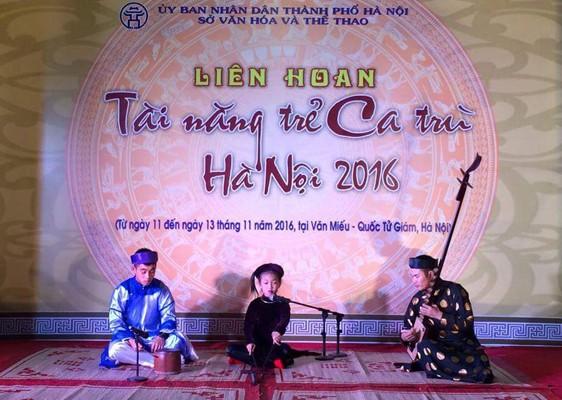 Bế mạc Liên hoan Tài năng trẻ ca trù Hà Nội 2016