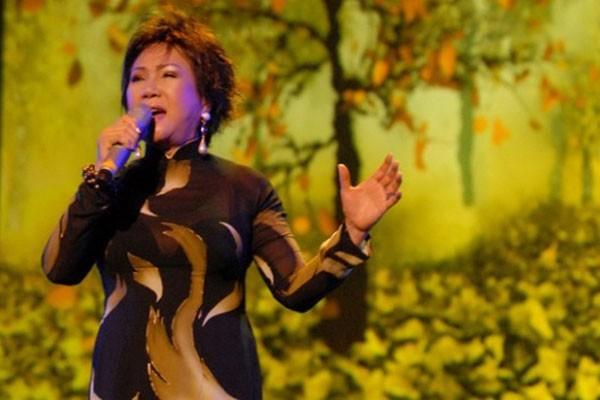 Nữ ca sỹ Lệ Thu