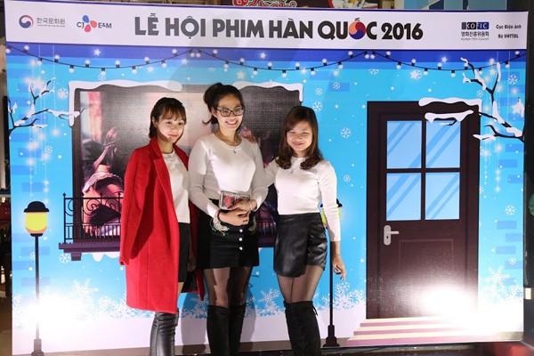 Khán giả trẻ Thái Nguyên tới thưởng thức các bộ phim nổi tiếng của điện ảnh Hàn Quốc