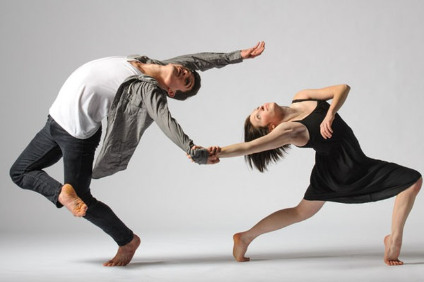 Tìm kiếm điệu nhảy hiện đại Việt Nam