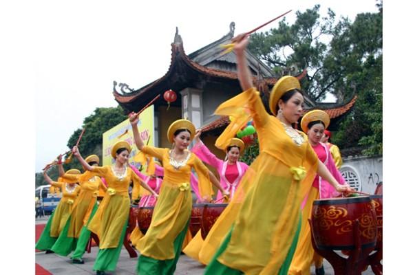 Lễ hội mùa xuân Côn Sơn-Kiếp Bạc năm 2017