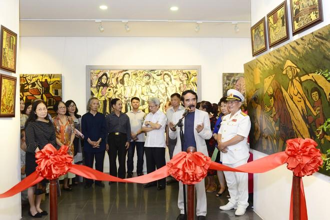 """""""Van Gogh của Việt Nam"""" cho ra mắt loạt tranh vẽ người đẹp ảnh 6"""
