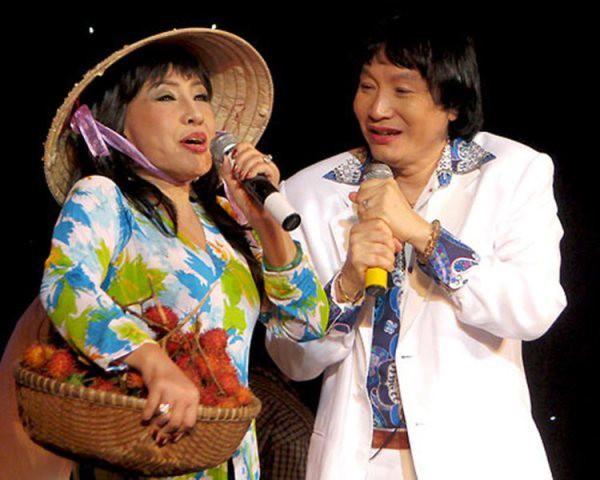 NSƯT Minh Vương (bên phải)