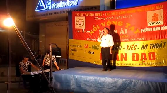 Có tình trạng một số tổ chức lợi dụng danh nghĩa nhân đạo dựng sân khấu biểu diễn tại các trục giao thông nhằm xin tiền của người dân