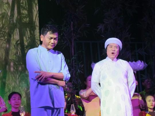"""NSƯT Minh Vương trong vở """"Tổ quốc cuối con đường"""""""
