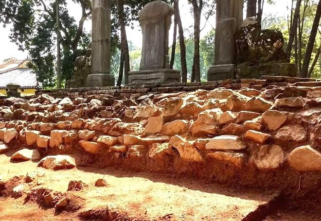 Nhiều dấu tích quan trọng đã được phát hiện tại cụm di tích lăng vua Đồng Khánh sau đợt khai quật khảo cổ học 2018