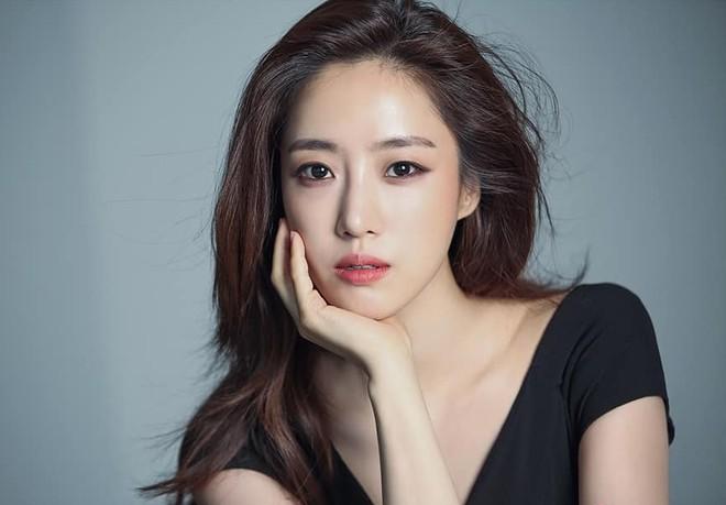 Nữ ca sỹ Ham Eun-jung