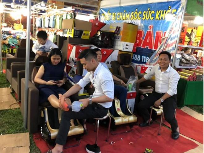 Ghế massage cũng có mặt ở một lễ hội quảng bá về văn hóa truyền thống