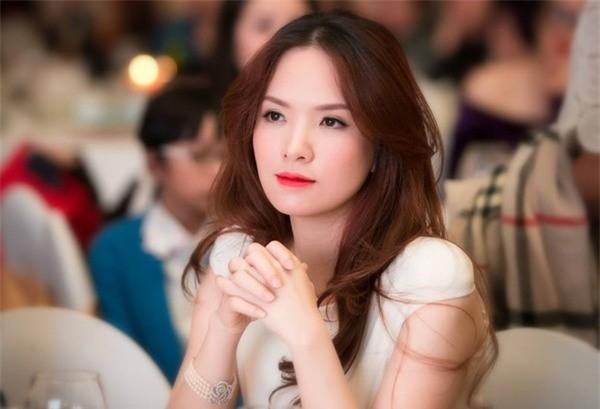 """Đan Lê đồng hành cùng chiến dịch """"10 vạn lời nhắn gửi nâng cao nhận thức về bệnh ung thư"""" ảnh 1"""